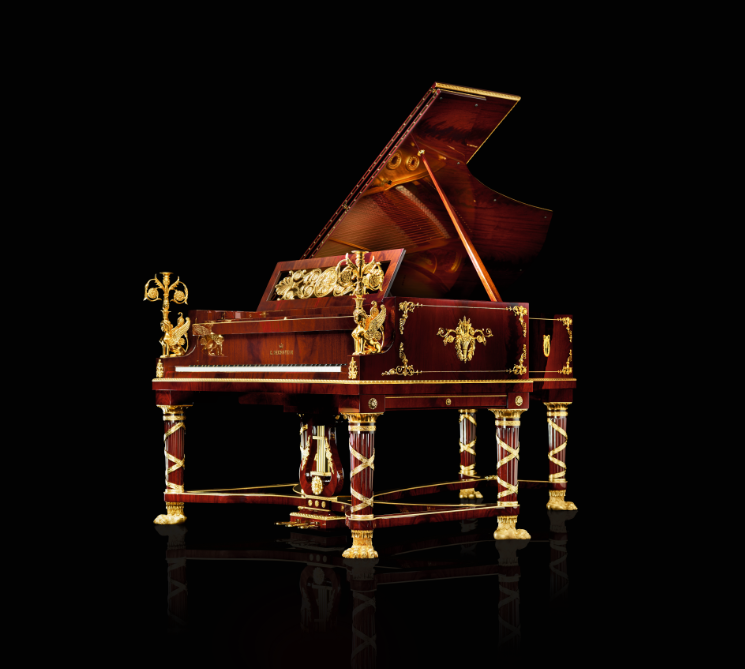 Spinx Golden Piano